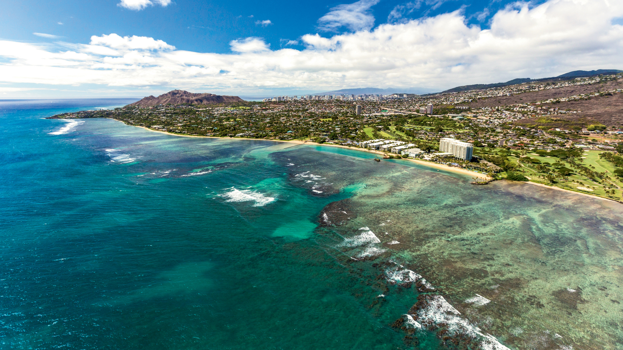With packages, Hawaii resorts pile on perks for families