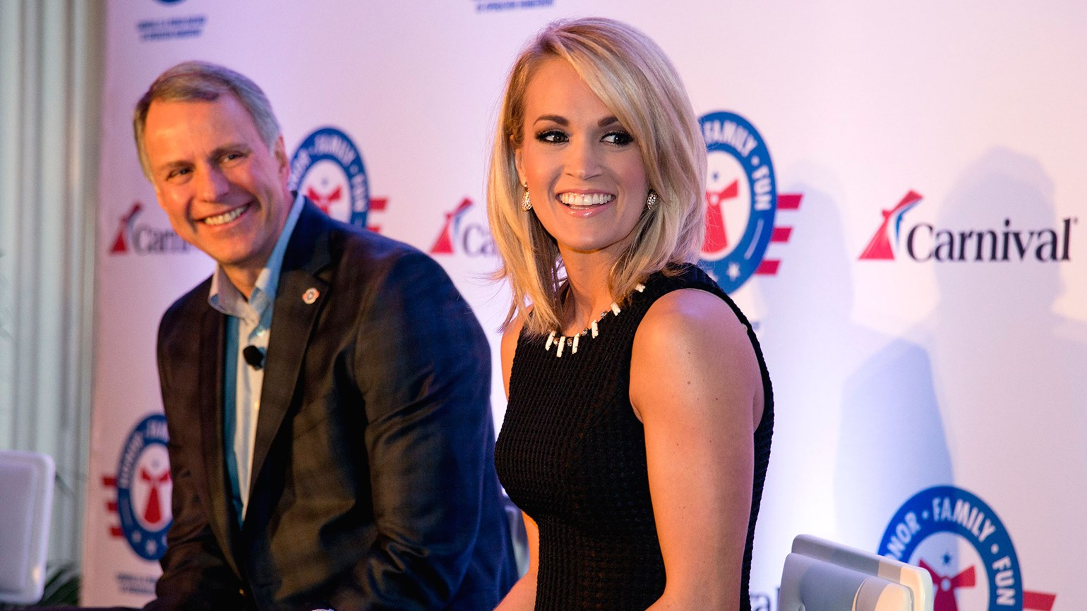Carrie underwood to perform on carnival ships travel weekly kristyandbryce Images