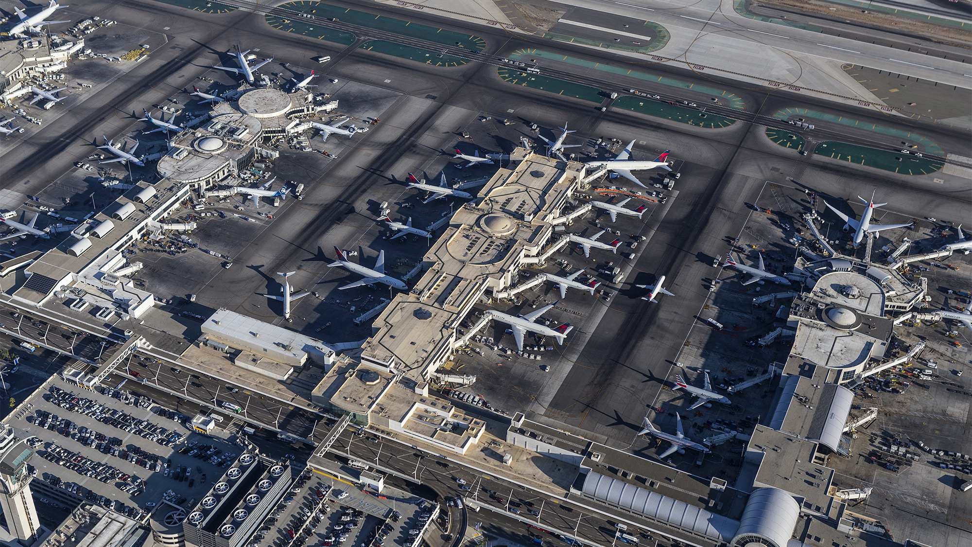 Great airline shuffle set to begin at LAX