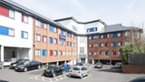Travelodge Woking Central Exterior