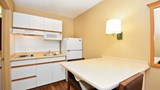 Extended Stay America Baltimore BWl Dr Room