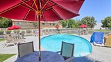 Motel 6 Fresno Blackstone North Pool