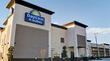Days Inn & Suites Port Arthur Exterior