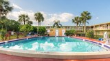 Studio 6 Vero Beach Pool