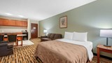 Quality Inn & Suites Savannah North Suite