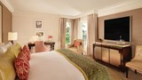 The Beverly Hills Hotel & Bungalows Room