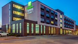 Holiday Inn Express & Suites Platteville Exterior