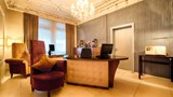 Alden Luxury Suite Hotel Lobby