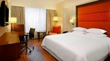 Four Points By Sheraton Ahmedabad Room