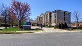 Holiday Inn & Suites Alpharetta Exterior