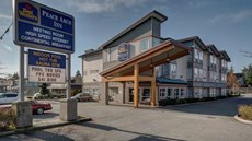 Sunrise ridge waterfront resort parksville bc hotels for A la mode salon bay ridge