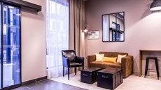 Best Western Plus Suitcase La Defense