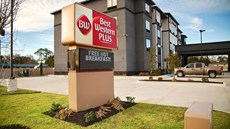 Best Western Plus Prien Lake Inn/Suites