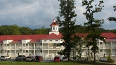 Holiday Hills Resort/Golf Club