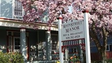 Main Street Manor B&B