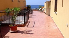 Palermo Mare Holiday Apartments