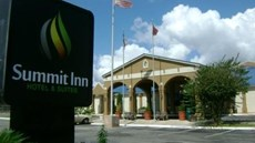 Summit Inn Hotel and Suites