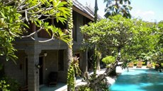 Taman Suci Suite And Villas