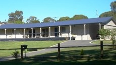 Parador Guesthouse Macleay Island