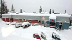 SameSun Ski Lodge Silver Star Hostel