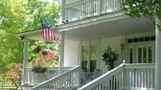 Buffalo Tavern Bed & Breakfast