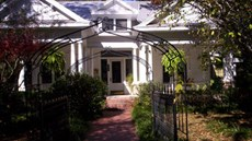 Southern Elegance Bed & Breakfast Inn
