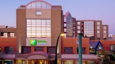 Holiday Inn Express Vancouver Metrotown