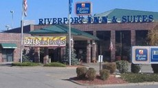 Express Suites Riverport Inn & Suites