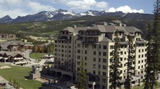 Summit Hotel at Big Sky