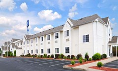 Microtel Inn & Suites Clarksville