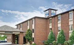Days Inn & Suites Hickory