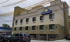 Days Inn Brooklyn Marine Park