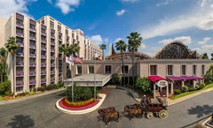 Knott's Berry Farm Resort Hotel