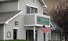 Yellowstone Basin Inn