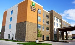 Holiday Inn Express & Stes Millard Area