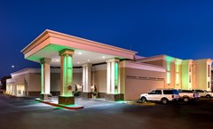 Holiday Inn Hotel & Suites North