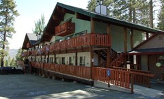 Honey Bear Lodge And Cabins