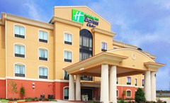 Holiday Inn Express & Suites Van Buren
