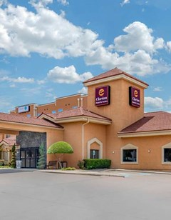 Clarion Inn & Suites DFW North