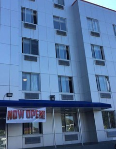Days Inn Brooklyn Borough Park