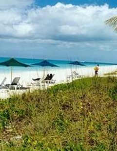 Find Hotels Near Turtle Cove Inn- Providenciales, Turks