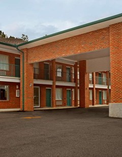 Americas Best Value Inn Leeds-Birmingham