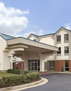 Days Inn & Suites Ridgeland