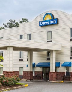 Days Inn Doswell At the Park