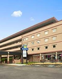 Days Inn Oil City Conference Center