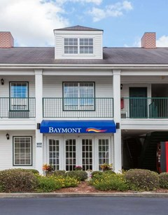 Baymont Inn & Suites Waycross