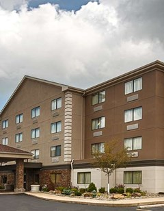 Best Western Plus West Akron Inn & Stes