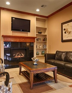 Best Western Cleveland Inn & Suites