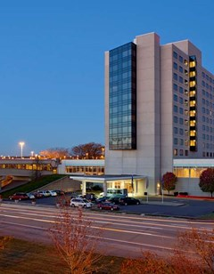 Hyatt Regency Pittsburgh Intl Airport