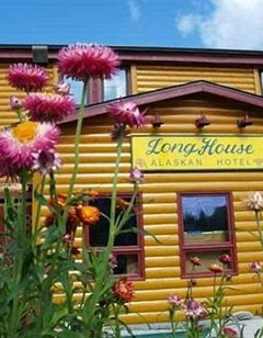 Long House Alaskan Hotel